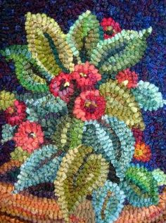 Potted flower rug hooked by Karen Poetzinger - like how the greens go to aqua contrasted with the reds/pinks, lightened by the underside yellows and framed by the navy behind Rug Hooking Designs, Rug Hooking Patterns, Punch Needle Patterns, Latch Hook Rugs, Hand Hooked Rugs, Braided Rugs, Penny Rugs, Karen, Wool Applique