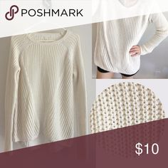Loose-knit sweater Knitted sweater (50% acrylic, 50% cotton) - Worn 4-5 times - H&M Sweaters