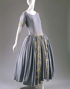 Robe de Style House of Lanvin  (French, founded 1889) Designer: Jeanne Lanvin (French, 1867–1946) Date: 1922 Culture: French Medium: silk, metal, glass Dimensions: Length at CB: 52 in. (132.1 cm) Credit Line: Gift of Mrs. Stephen C. Clark, 1962 Accession Number: C.I.62.8.5