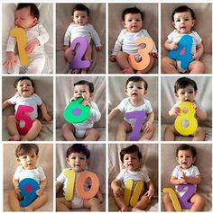 fotos bebes mes a mes ile ilgili görsel sonucu Monthly Baby Photos, Newborn Baby Photos, Newborn Poses, Newborn Pictures, Baby Pictures, Monthly Pictures, Baby Monat Für Monat, Baby Growth, Foto Baby