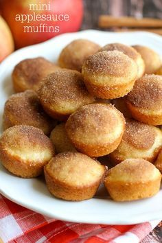 These Mini Applesauce Muffins are the perfect snack for the whole family! Deliciously moist muffins filled with applesauce, and dipped in an irresistible cinnamon sugar topping. Although this recipe… Apple Recipes, Baking Recipes, Dessert Recipes, Free Recipes, Easy Recipes, Yummy Treats, Delicious Desserts, Yummy Food, Applesauce Muffins