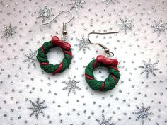 Cute, Christmas wreath earrings! Handmade from polymer clay in the UK. For these and more whimsical festive items see my Etsy shop!   https://www.etsy.com/uk/listing/479826660/christmas-wreath-earrings-festive