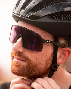 Sutro now in stock at our Greengate shop. A versatile look for on and off the bike. Oakley Glasses, Cycling Sunglasses, Road Bikes, Cycling Outfit, Mtb, Eyewear, Bicycle, Sporty, Shades