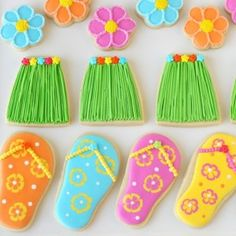 Glorious Treats » Grass Skirt and Flip Flop Cookies