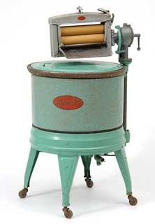 Kenmore washing machine, 1925.