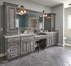©Haas Cabinet  DOOR STYLE: Dover  WOOD: Cherry  FINISH: Distressed Barnwood