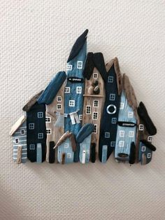 By - Crafts - Decoration Driftwood Wall Art, Driftwood Projects, Plastic Bottle Crafts, Upcycled Home Decor, House On The Rock, Craft Markets, Beach Crafts, Wooden Crafts, Diy Arts And Crafts
