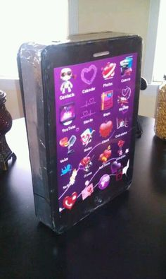 IPhone valentine box.  This is so Ella!
