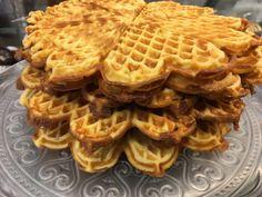 Kokkejævel – Verdens beste vafler! Cakes And More, Salad Recipes, Nom Nom, Sweet Treats, Deserts, Muffin, Food And Drink, Cooking Recipes, Baking
