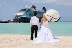 Facing ocean/ship, no parasail.