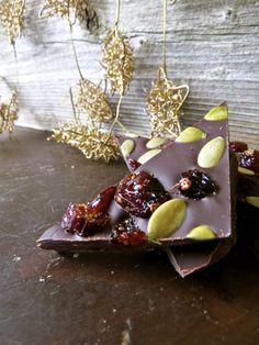 Dark Chocolate Bark with Cranberries and Pumpkin Seeds - from Backyard Owl: http://backyardowl.wordpress.com