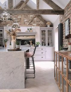 Barn Kitchen, Living Room Kitchen, Country Kitchen, Kitchen Grey, Kitchen Interior, Kitchen Design, Home Decor Inspiration, Home Kitchens, Decoration