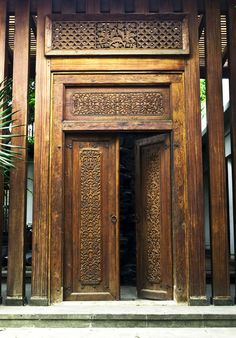 Bamboo & Stone: Beautiful Doors