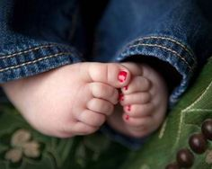 Is there anything cuter then painted baby toes! Squeeze!!