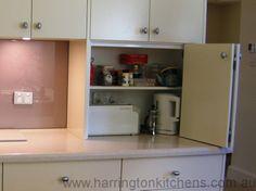 Polyurethane kitchen - Harrington Kitchens.