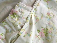 _1961 Great idea to make pajama pants out of vintage cotton bedsheets.