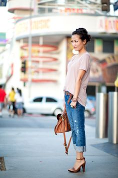 Cute casual outfit with loose tee and brown accessories
