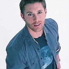 'It was the heeeeeat of the Ackles... Telling me what to do' <333