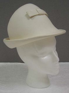 Hat, leather with cotton and synthetics, Andre Courreges designer, French, 1964