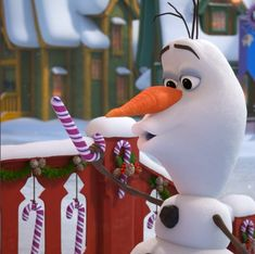 Olaf with a candy cane Frozen Wallpaper, Disney Phone Wallpaper, Panda Wallpapers, Cute Wallpapers, Olaf Frozen, Disney Frozen, Candy Cane Coloring Page, Cute Panda Wallpaper, Disney Olaf