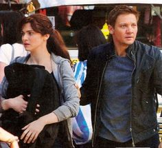 Jeremy Renner Protects Rachel Weisz In Latest The Bourne Legacy Image