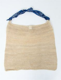 Crochet bag with scarf handle from A Detacher