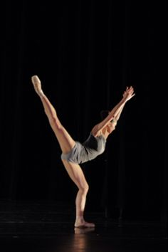 This is such a great split line for the legs, without doing the cliche extensions!  It's such a beautiful line, such a great balance!