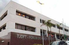 Homem que esganou a mulher até a morte é condenado a 22 anos de prisão no DF - http://noticiasembrasilia.com.br/noticias-distrito-federal-cidade-brasilia/2015/11/06/homem-que-esganou-a-mulher-ate-a-morte-e-condenado-a-22-anos-de-prisao-no-df/