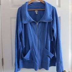 Gap Factory Zip Up Workout Swearshirt Gap Factory blue zip up workout sweatshirt with high collar. Flattering and lightweight, perfect for working out! Worn only a couple times, in perfect condition! Size XL. No trades please!  let me know if you have questions ❓ and make me an offer!!  happy shopping!   All items from a smoke free home! GAP Tops Sweatshirts & Hoodies