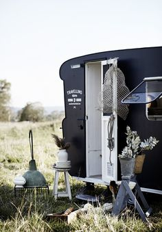 Frankie the caravan with beautiful vintage homewares ready for the markets. Featured in Country Style Magazine Australia Styled by ©Kara Rosenlund