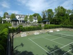 Luxury houses with pools and tennis courts - Tennis court.jpg