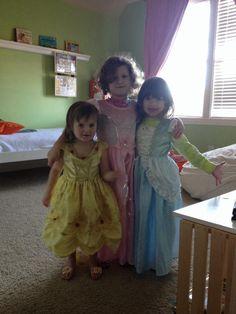 Little Dress Up Shop Giveaway!!  Ends April 19th at 8:00 A.M.