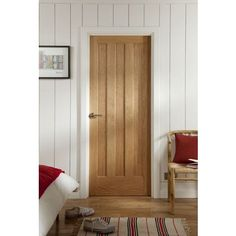 Aston 3 Panel White Oak Veneer Internal Door - 610mm Wide  from Homebase - helping you make a house a home. Order now for home delivery or reserve online and collect in store.