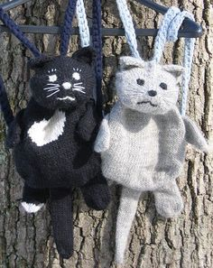 Free Knitting Pattern for Kitty Backpack - Cat shaped tote. The bag is about 8in x 8in, with a top opening of about 12in in circumference when open. Designed by Dale Hwang