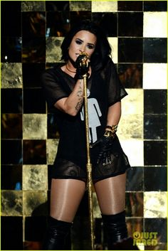 """Demi Lovato performing """"Cool for the Summer"""" at Billboard Music Awards 2016."""