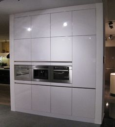 1000 images about kitchens appliances integrated for Hacker kitchen designs