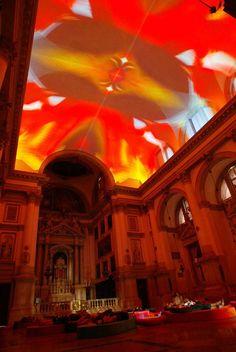 Homo sapiens sapiens, 2005 by Pipilotti Rist on Curiator, the world's biggest collaborative art collection. Interactive Installation, Light Installation, Art Installations, Art Furniture, Pipilotti Rist, Digital Projection, Digital Museum, Venice Biennale, Glitch Art