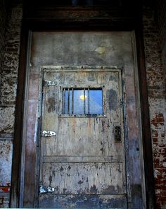 Mansfield Prison--Ohio. Door  Shawls hank Redemption filmed here