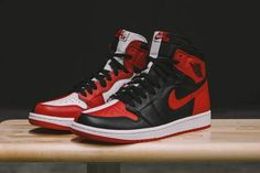 """The Air Jordan 1 """"Homage to Home"""" Drops in Chicago This Weekend"""