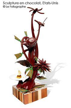 usa-choc sculpture Chocolate Work, Divine Chocolate, Best Chocolate, Chocolate Centerpieces, Chocolate Designs, Kai Arts, Chocolate Showpiece, Food Sculpture, Creative Food Art