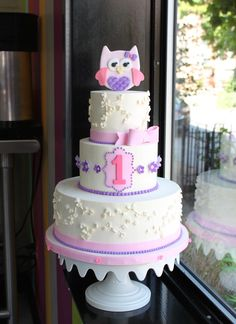Owl-themed first birthday cake by Whipped Bakeshop in Philadelphia. Owl First Birthday, Owl Birthday Parties, Baby Birthday Cakes, Girl Birthday, Birthday Ideas, Butterfly Cakes, Cake Designs, First Birthdays, Cake Decorating