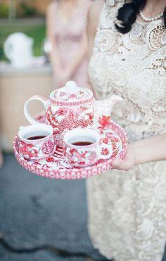 ⚜️Ana Rosa⚜️ Red and white china
