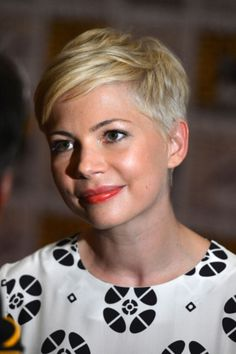 Stjerners korte hår - Michelle Williams