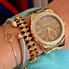 My obsession with Michael Kors watches after a gift from a fabulous friend!) Love the stacked bracelet look too! Michael Kors Outlet, Handbags Michael Kors, Michael Kors Watch, Bijou Box, Jewelry Accessories, Fashion Accessories, Estilo Fashion, Mk Bags, Tote Bags