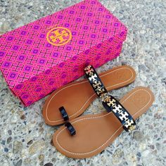 {Tory Burch} Black Val Flat Sandals SOLD OUT everywhere. Brand new in box, never been worn. Please be familiar/know your own Tory Burch sizing. ❗️Price is firm, even when bundled❗️  ❌ No Trades/ No PayPal  ❌ No Lowballing  ✅ Bundle Discounts ✅ Ship Same or Next Day  % Authentic Tory Burch Shoes Sandals