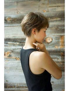 Short Dark Hair, Really Short Hair, Asian Short Hair, Short Hair With Bangs, Short Hair Cuts, Short Stacked Hair, Straight Hair, Short Haircut Styles, Short Hairstyles For Women