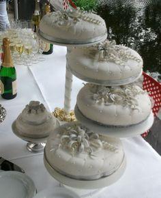 bruidstaart op etagere - Google zoeken