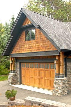 cedar shakes with dark windows = nice!