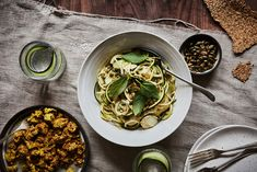 Zoodles with fennel and herby avocado sauce + turmeric fried tofu