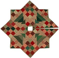 Christmas tree skirt.  Free Quilt Patterns from Victoriana Quilt Designs, Online Quilt